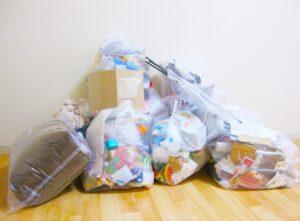 大量のゴミ袋